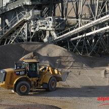 concasseur sur le site AROBIA, groupe Gagneraud Construction, catégorie photographie industrielle